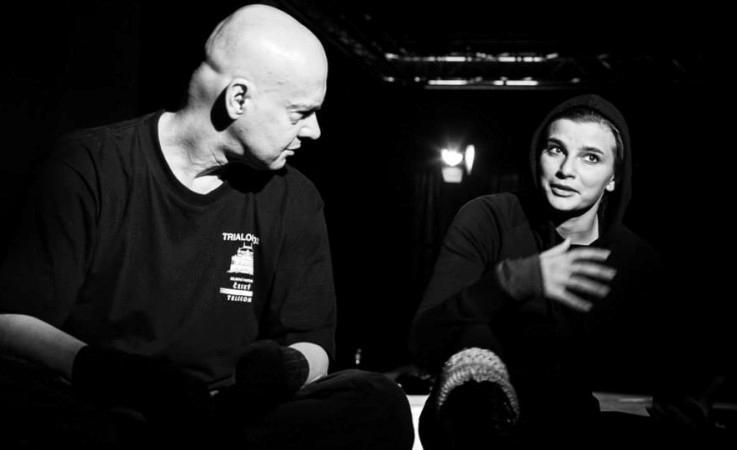 s Ninou Horákovou na zkoušce Osiřelého západu (Městské divadlo Mladá Boleslav, foto: Petr Veselý)