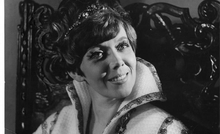 Jiřina Jirásková jako Královna Kristina