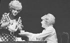 Jaroslava Adamová, Jana Drbohlavová / foto: Vilém Sochůrek (Divadelní ústav)