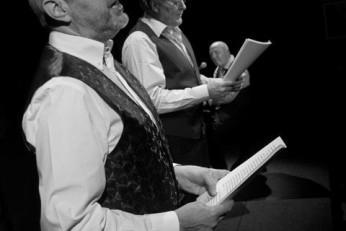 Tři gentlemani - fotografie