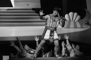 Josef a jeho úžasný pestrobarevný plášť - fotografie